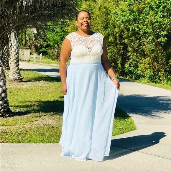Blue and Ivory Elegant Maxi Dress